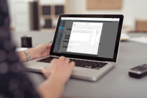 Webdeveloper working on a WordPress site